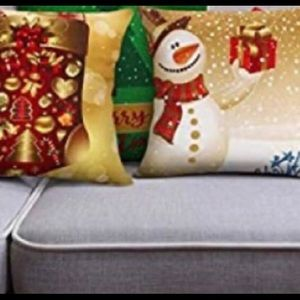 Reduced ⬇️🎄 Pillow Coverings! Christmas Decor